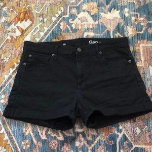 GAP shorts in black